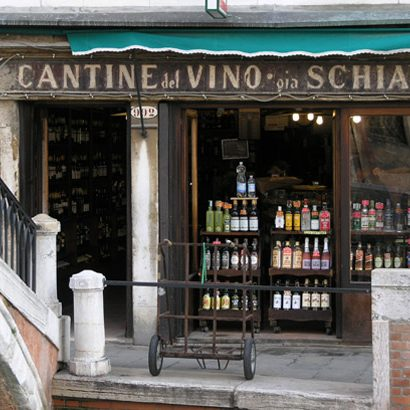 FOOD & WINE: Doing the Rounds of the Venetian Bacari